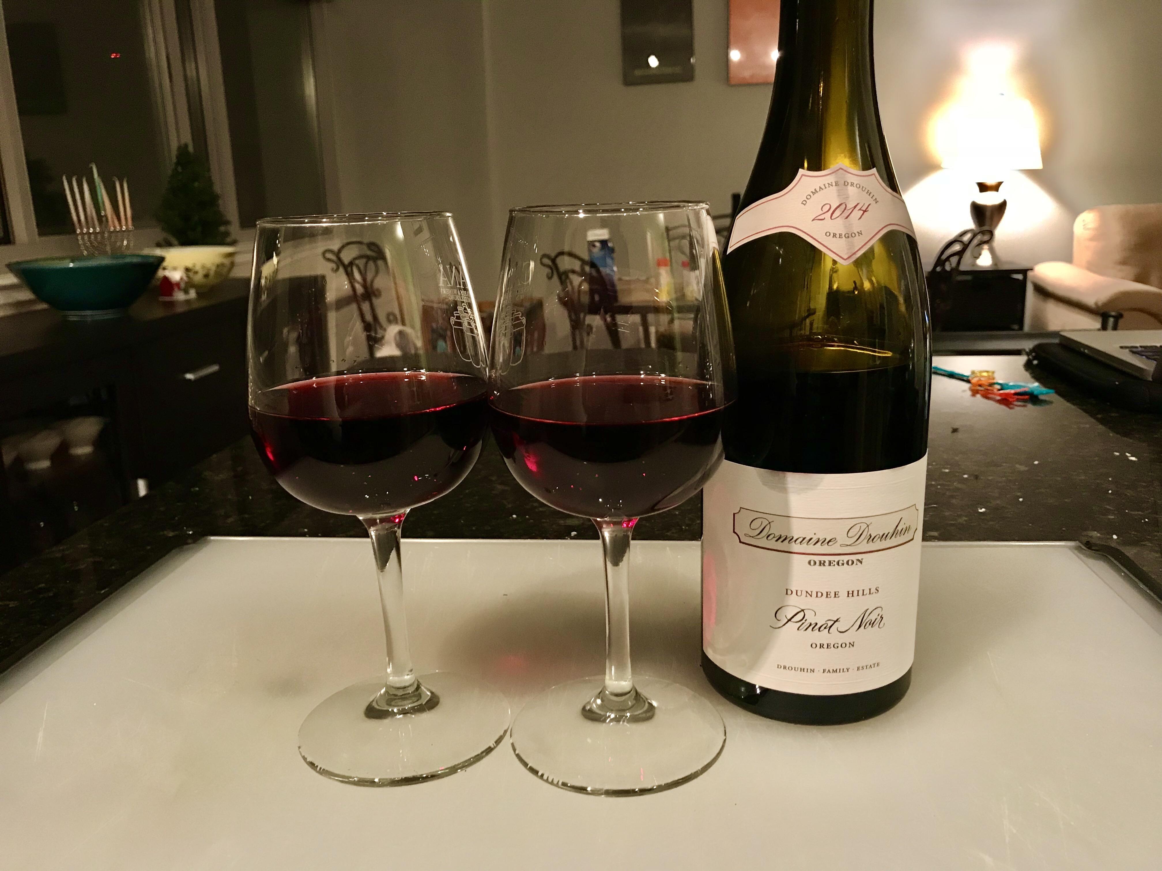 2014 Domaine Drouhin Dundee Hills Pinot Noir wine